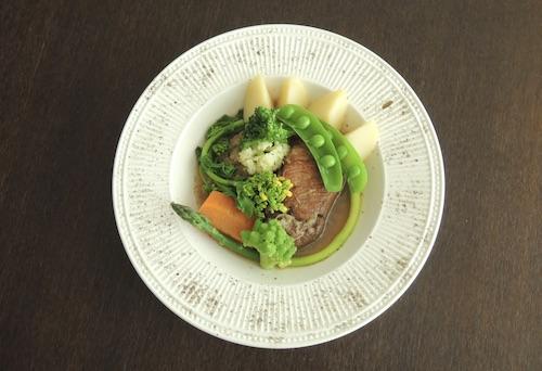 皿盛り シュークルート 真空料理